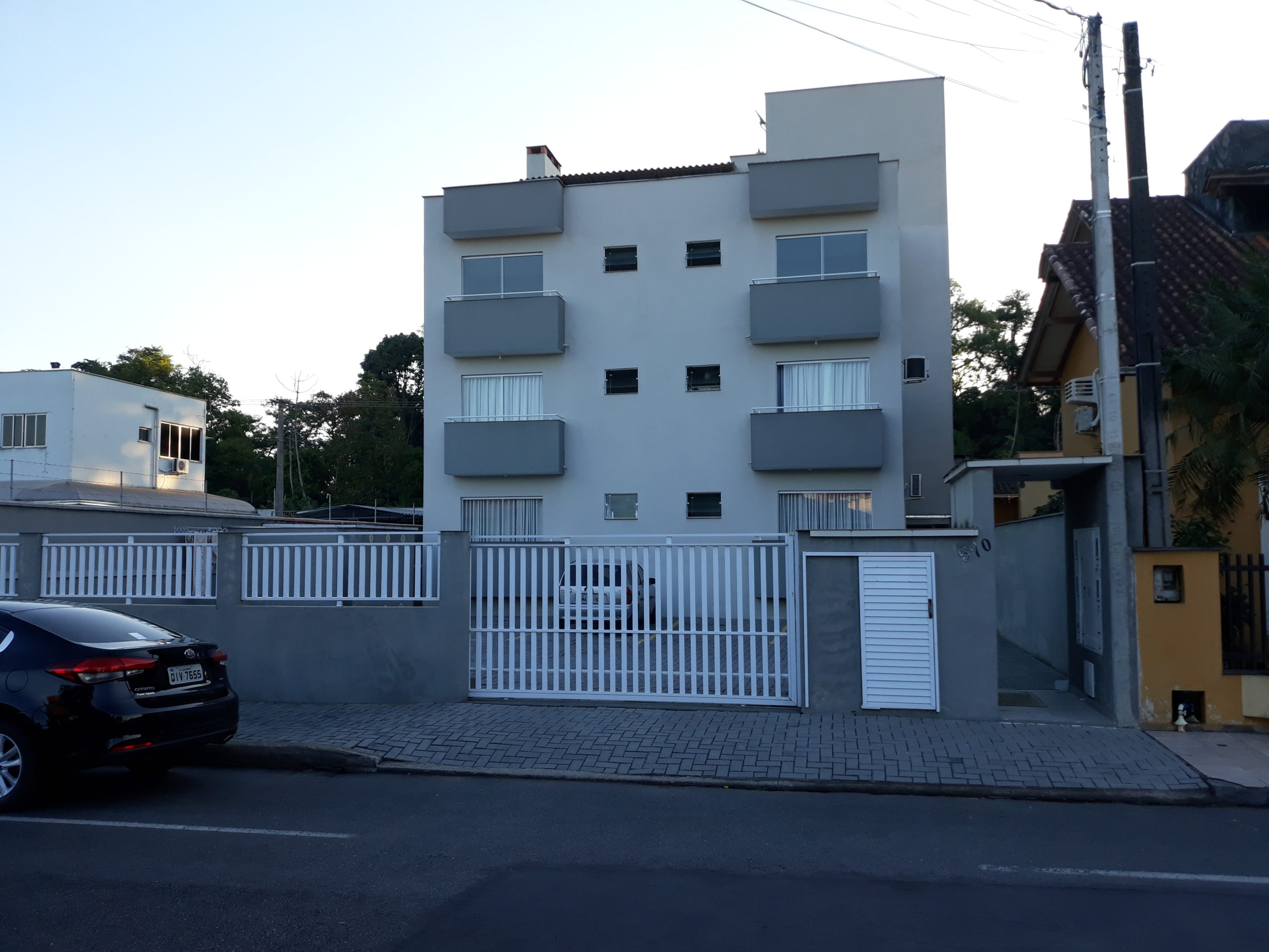 A0207 – Residencial Nascimento, Bairro Centenário.