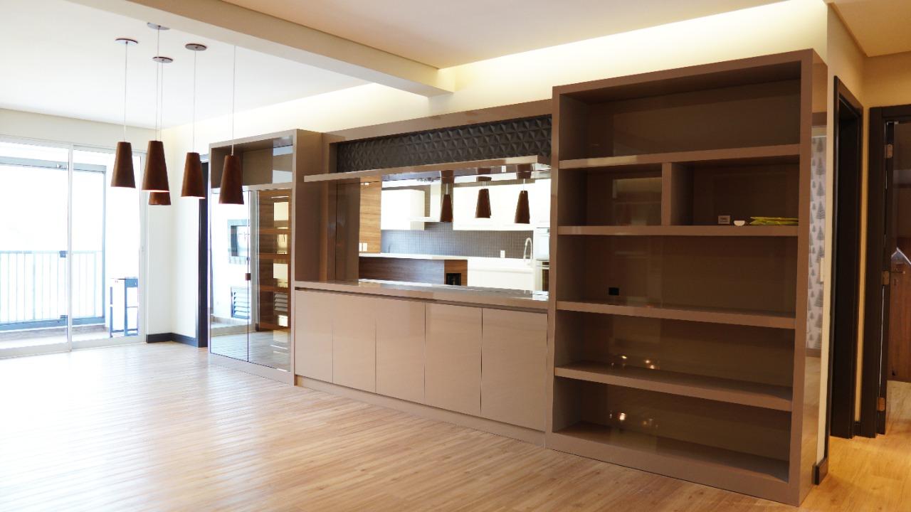 A0277 – Lindo apartamento no centro com duas suítes.